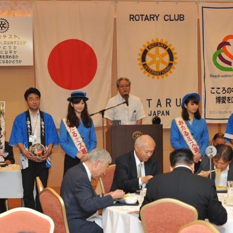 2011.7.19 第45回 おたる潮まつり 小樽ロータリークラブにて募金活動