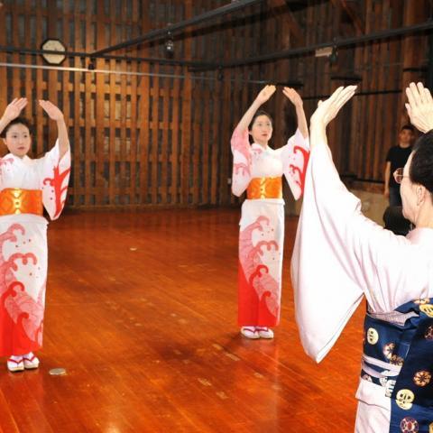 2014.7.2 踊りお稽古会、扇玉先生、ミス小樽